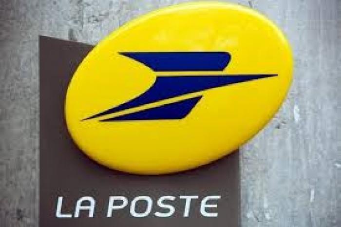 Le centre courrier de la Poste en grève illimitée