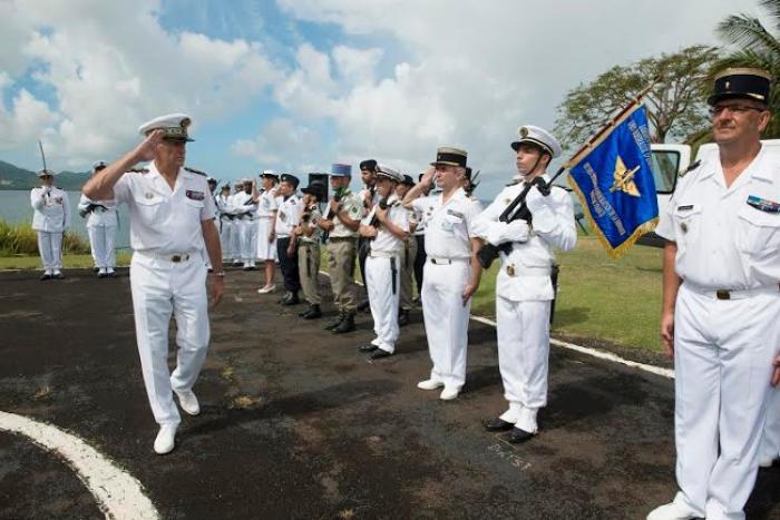 Le contre-amiral Georges Bosselut quitte le commandement des Forces Armées aux Antilles (FAA)