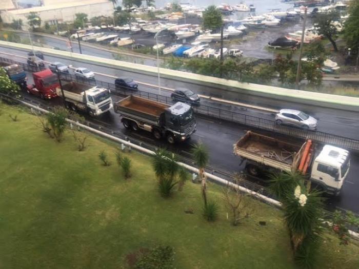 Le convoi de la colère des professionnels du BTP de Martinique