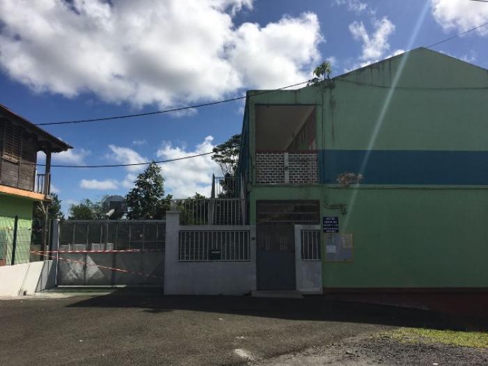 Le corps sans vie d'un homme retrouvé dans l'école de Dumaine au Gros-Morne