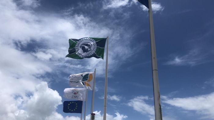 Le drapeau qui représentera la Martinique pour les déplacements culturels et sportifs à l'international dévoilé