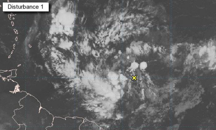 Le NHC place sous surveillance une onde désorganisée au sud des Antilles