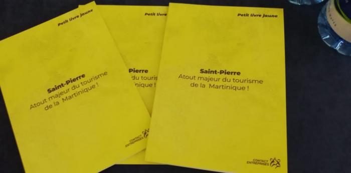 Le petit livre jaune de Saint-Pierre a été dévoilé