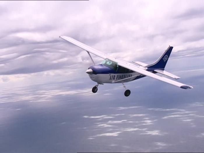 Le pilote du petit avion retrouvé mort