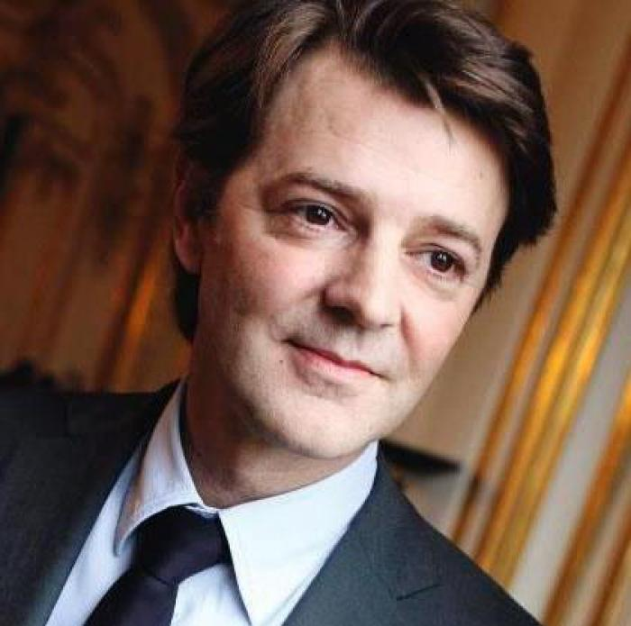 Le président de l'association des maires de France François Baroin est en Martinique