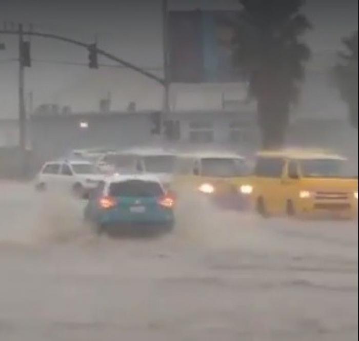 Le puissant ouragan Matthew arrive en Jamaïque
