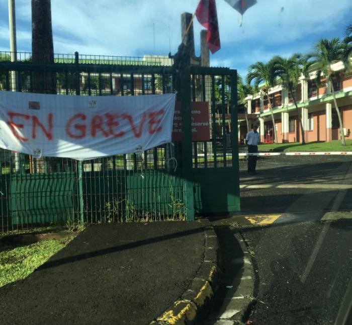 Les 11 centres d'impôts de Martinique sont fermés
