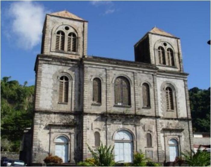 Les accusations contre le curé de Saint-Pierre formellement contestées