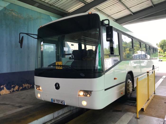 Les bus scolaires sur les bancs du contrôle technique