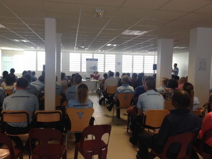 Les enseignants et les gendarmes se rencontrent autour de la sécurisation des établissements scolaires