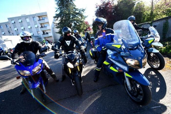 Les gendarmes forment les motards aux risques de la route