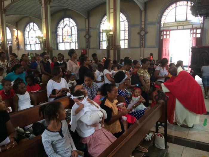 Les innocents ont été bénis à la cathédrale