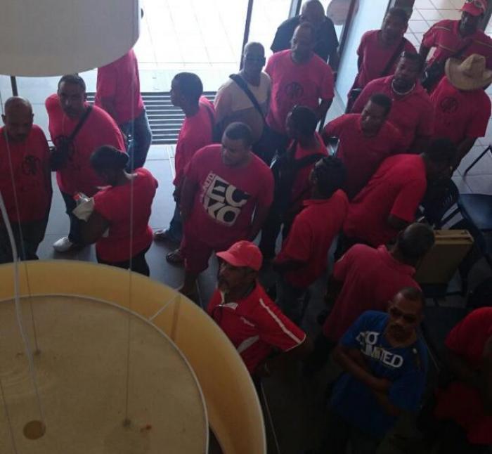 Les locaux de la CACEM saccagés par des salariés affiliés à la CSTM