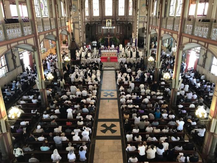 Les obsèques de Monseigneur Marie-Sainte en photos et en vidéos