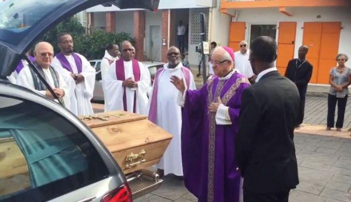 Les obsèques du père Chérubin Céleste (VIDEO)