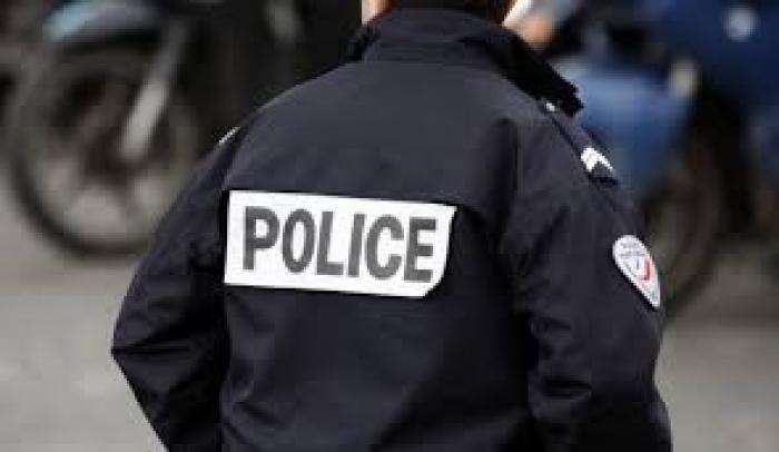 Les policiers descendent dans la rue
