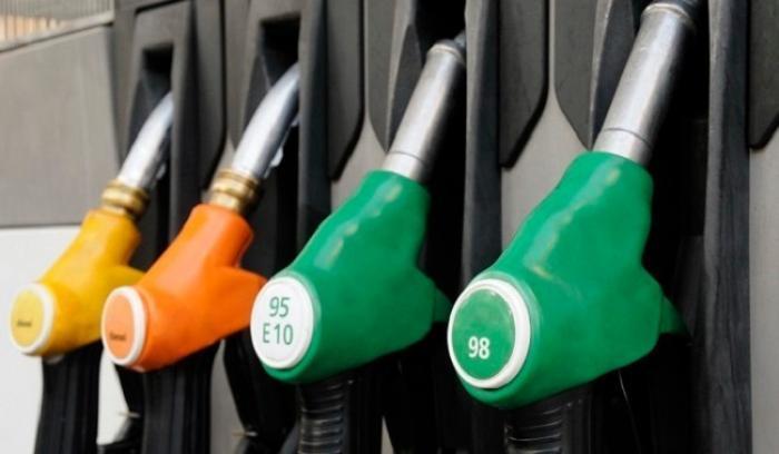 Les prix des carburants en légère baisse, le gaz en forte hausse