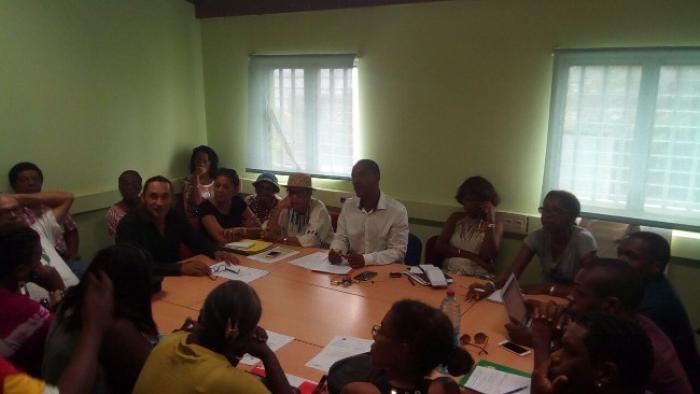 Les résidants de la pointe de la vierge ont rencontré des élus de la ville de Fort-de-France