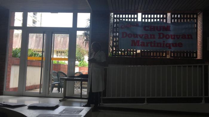 Les salariés du CHUM attendent de pied ferme les administrateurs