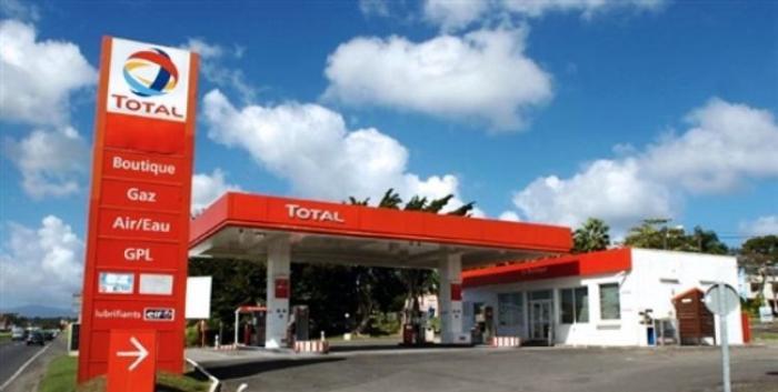 Les stations service Total restent fermées