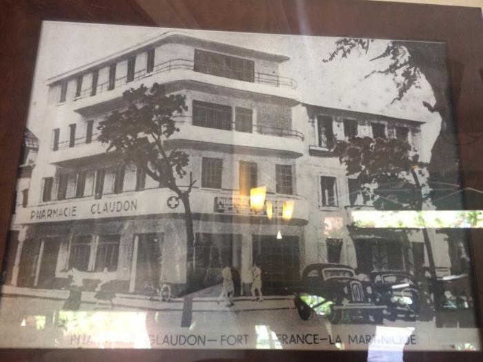 Les vieilles enseignes de Foyal : L'Impératrice, l'un des plus vieux hôtels de la Martinique