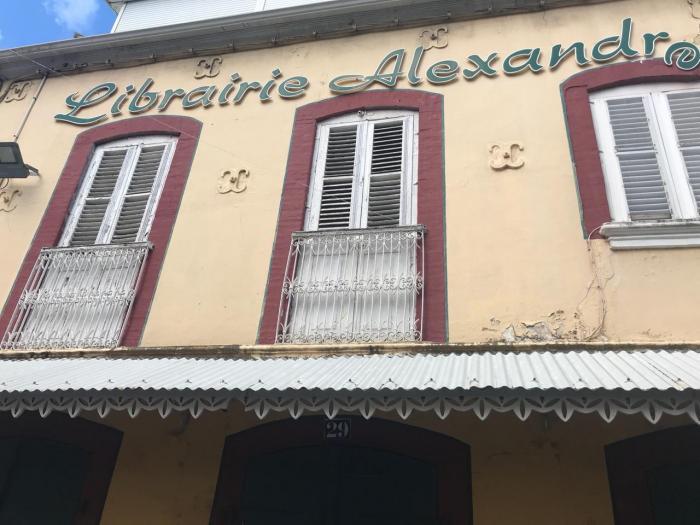 Librairie Alexandre : début de la vente aux enchères