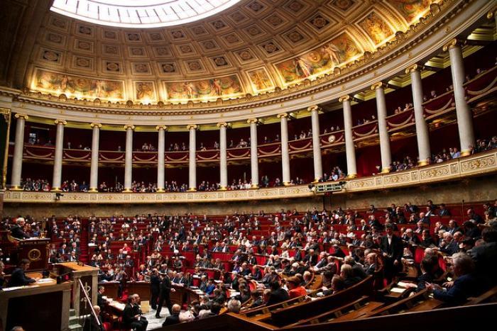 Législatives  : 53 candidats pour 4 sièges de députés