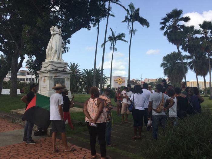 Manifestation du 23 août: le MIR met le feu au pavillon négrier