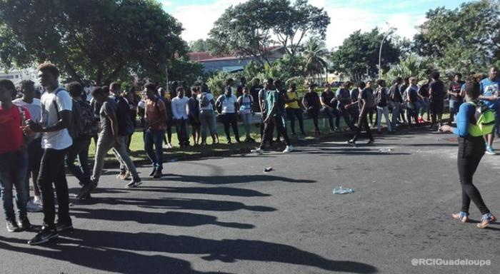 Manifestations des lycéens : une dizaine d'interpellations ce jeudi