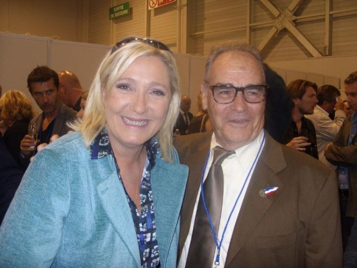 """Marine Le Pen aux Antilles  : """"Nous ne nous occupons pas des groupuscules et des fascistes"""" (Marc Guille)"""