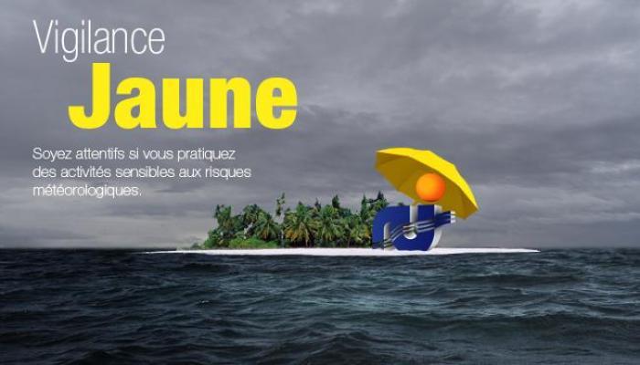 Mer dangereuse à la côte, la Martinique placée en vigilance jaune