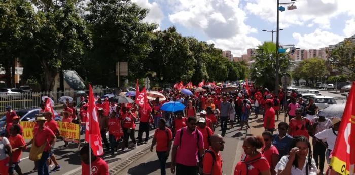 Mobilisation générale du 5 février : plus d'un millier de manifestants dans les rues à Fort-de-France