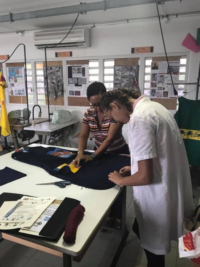 Mode : des lycéens et des artistes travaillent ensemble