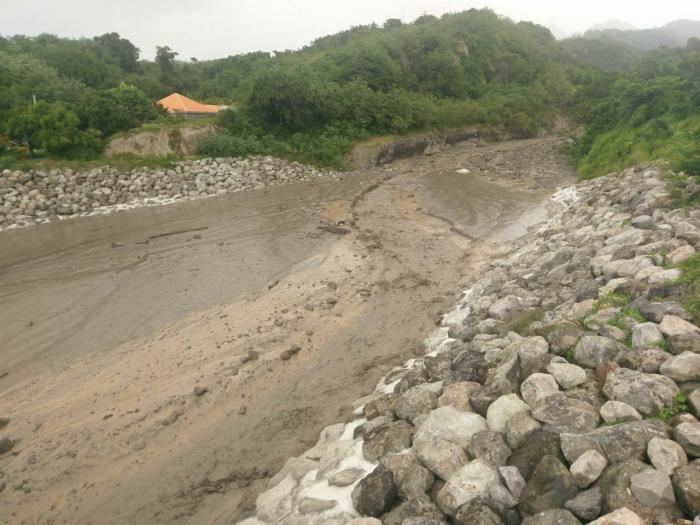 Montée de la rivière du Prêcheur : la CTM envisage un curage rapide