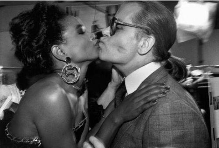Mounia se souvient de Karl Lagerfeld