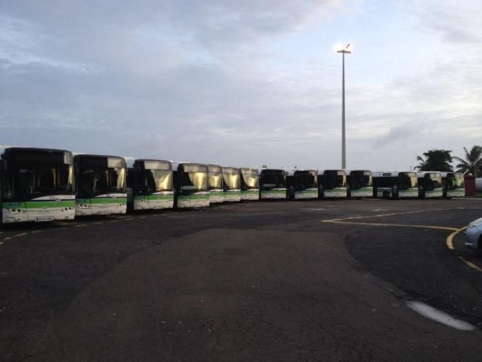 Mozaïk : Une quinzaine de lignes de bus à l'arrêt