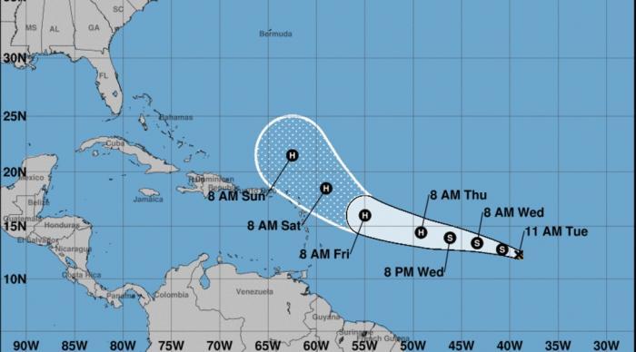 Naissance de la tempête José dans le sillage d'Irma