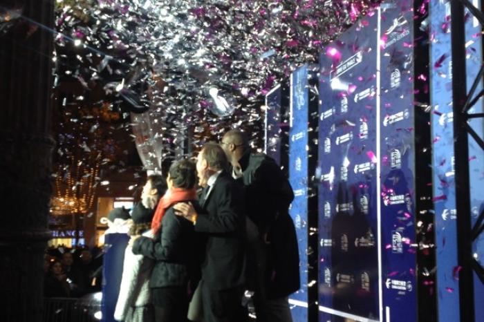 Noël : Teddy Riner lance les Illuminations des Champs-Elysées