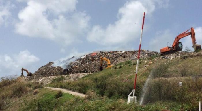 Nouveau départ de feu à la décharge de Céron à Sainte-Luce