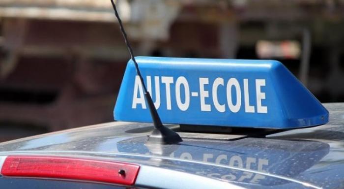 Opération escargot des auto-écoles : bouchons à prévoir sur l'autoroute