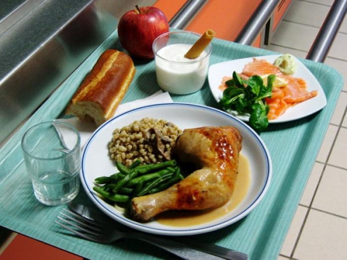 Pas de repas dans les cantines de Fort de France !