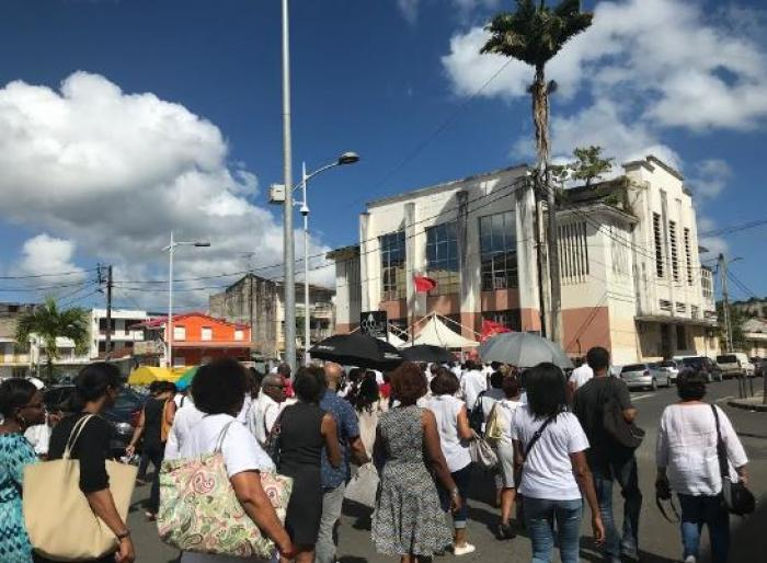 Plus de 200 personnes à la marche blanche en hommage à Jacques Bino