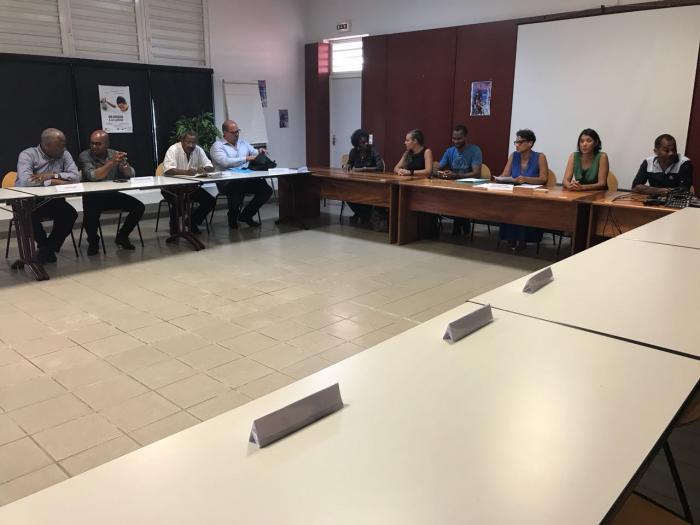 Plusieurs maires soutiennent la communauté éducative du lycée de Bellefontaine