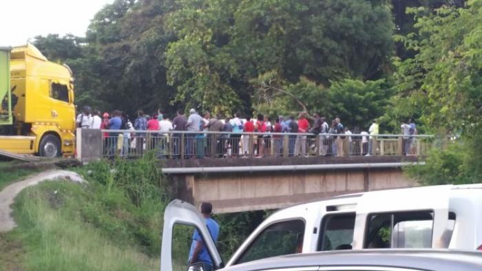 Pont de Grande-Rivière : les habitants de nouveau mobilisés