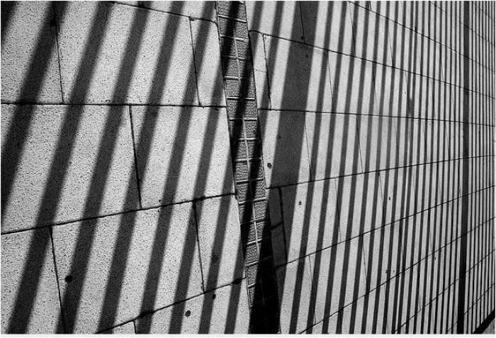 Portables en prison : les syndicats s'insurgent, la ministre dément