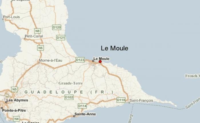 Prestations artistiques des élèves du collège Général de Gaulle du Moule ce mardi