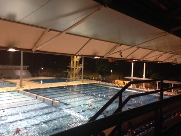 Préparation des championnats de France de natation à la piscine du Lamentin
