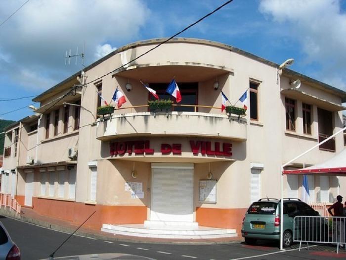 Rififi à la mairie des Anses d'Arlet