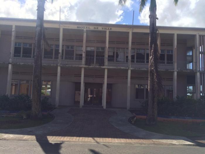Rivière-Salée : l'hôtel de ville fait peau neuve