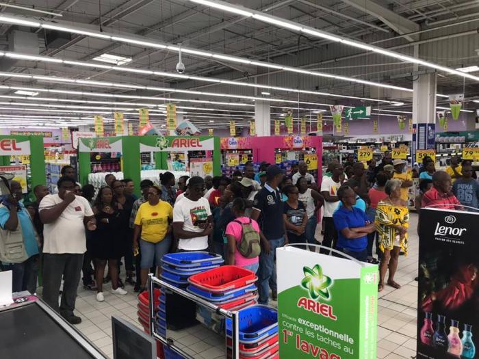Réouverture sous tension à Carrefour Milénis